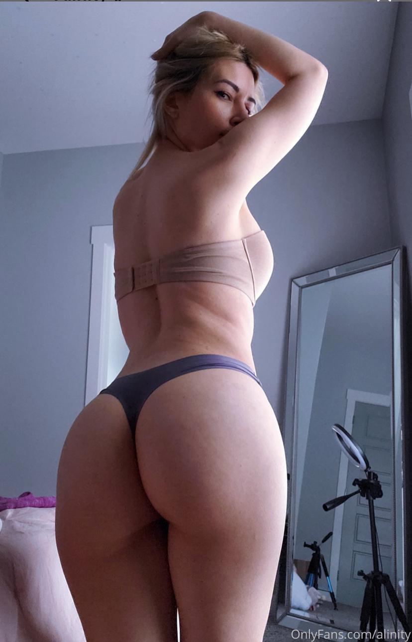 Alinity naked